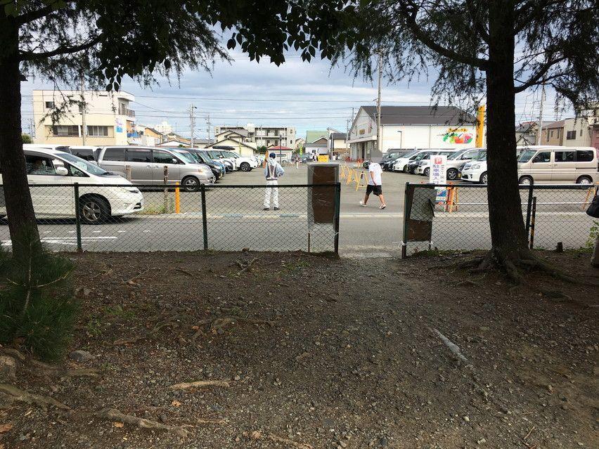 焼津ヤミー市に駐車場はあるのか?