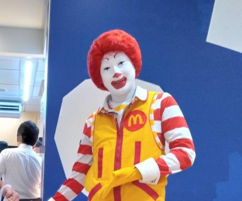 アピタ島田店でドナルドを見た!会った。マクドナルド