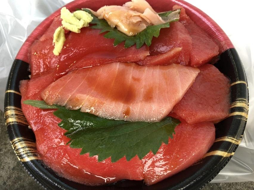 カネトモの鉄火丼が美味しかった。焼津鮪deナイト