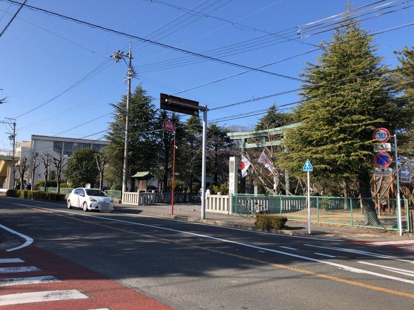 焼津神社の初詣には臨時駐車場がありました。車でも行けます