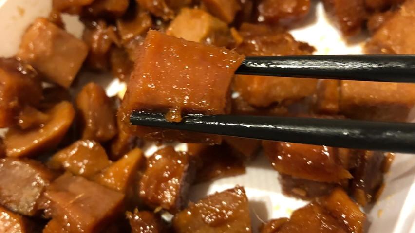 焼津市民がおすすめする焼津のお土産は鮪角煮(大畑食品)美味いです