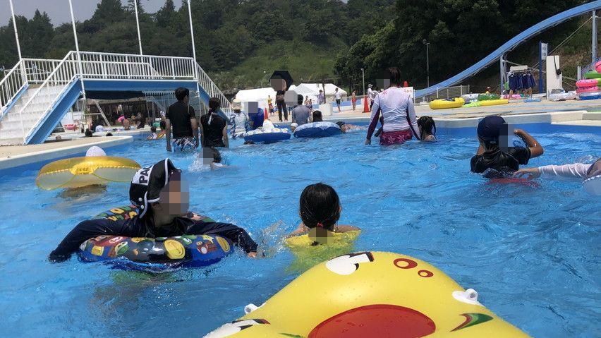 つま恋の流れるプールが浮き輪で流れているだけでも楽しい!夏休みの静岡観光