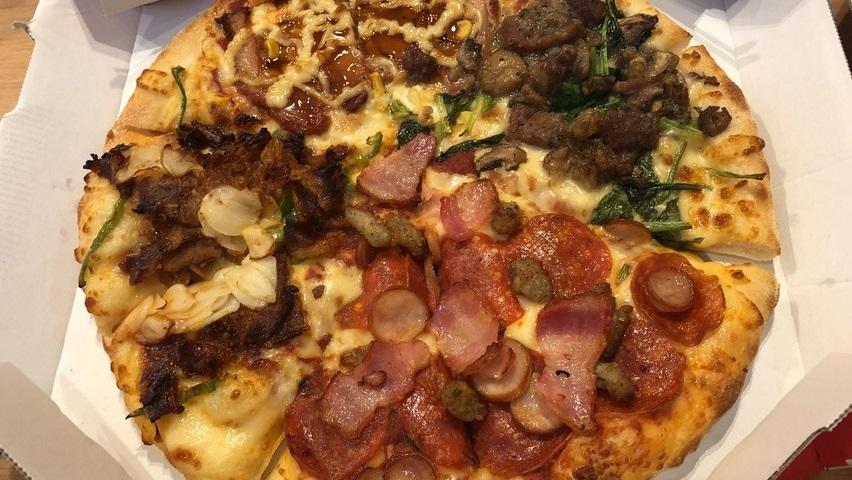 【学ぶ】28センチ(Rサイズ)ピザ2枚は3人家族には多すぎた